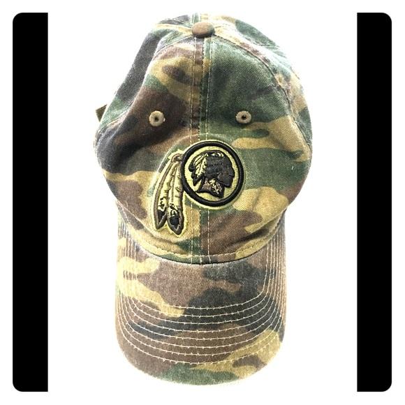 7195fa1bb82 Washington Redskins Camo hat. M 5b6de250dcf8557a25ce0a93